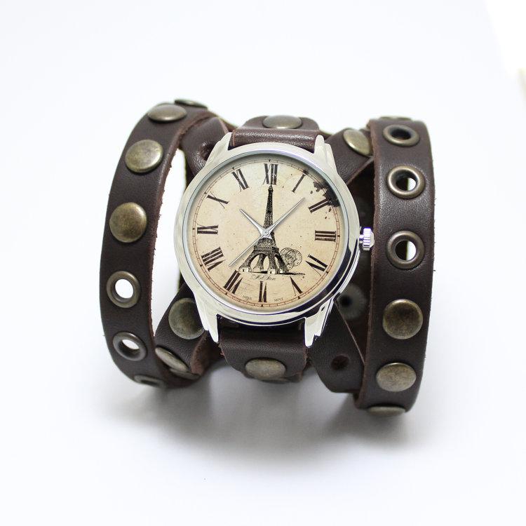 Эксклюзивные часы De Rose Яркие наручные часы на кожаном коричневом браслете с заклёпками De Rose